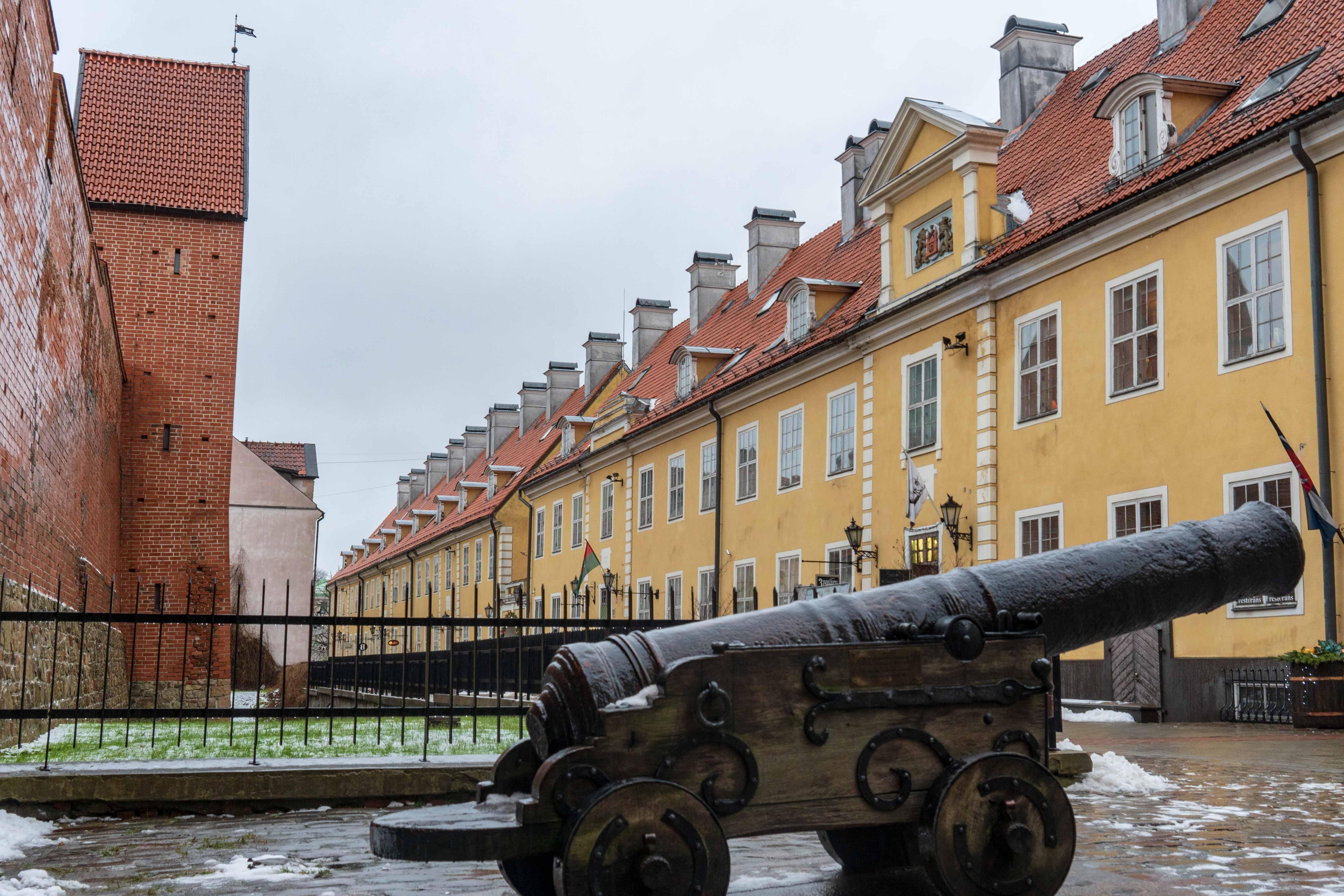 Rue Torna Remparts Vieille Ville Riga Odysight
