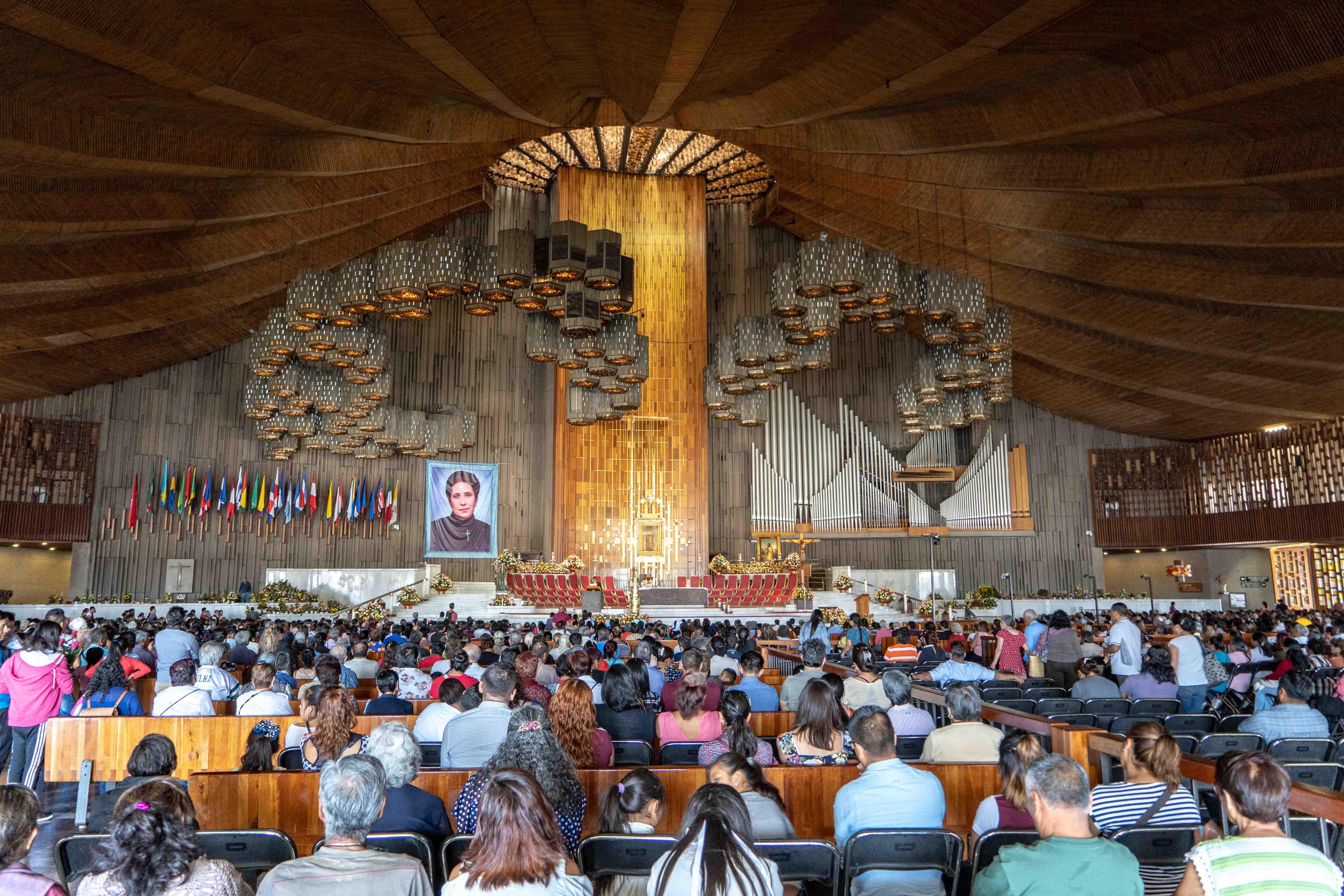 La Basilica Nuestra Senora de Guadalupe peut accueillir 40 000 fidèles.