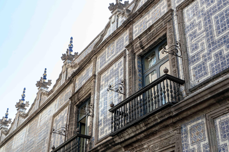 Dans le Centro Historico de Mexico City, on trouve de magnifiques façades comme celle de la Casa de los Azulejos.