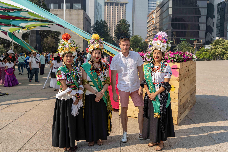 Sur la Plaza de la Republica se trouve le Monumento a la Revolucion. Mettant à l'honneur les héros révolutionnaires, c'est un des monuments les plus importants de Mexico City.